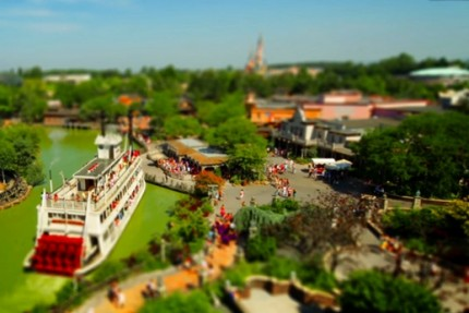 Disneyland Paris filmé en Tilt Shift