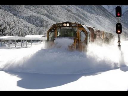 Train chasse-neige en nouvelle zélande