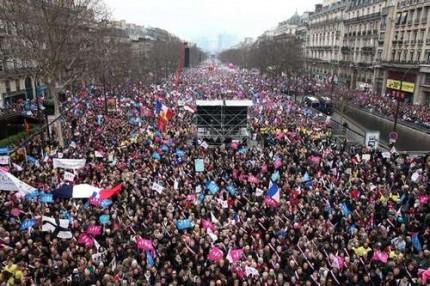 La Préfecture de police de Paris a truqué les vues aériennes de la Manif pour Tous du 24 mars